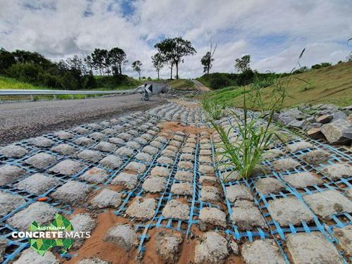 EROSION CONTROL USING FLEXIBLE AND PERMEABLE CONCRETE MATS